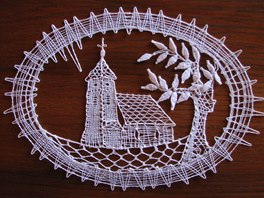 Takto nadšenkyně z Osoblažska ztvárnily kostel v Hrozové.