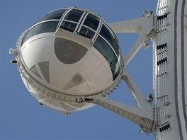 Obří, 167 metrů vysoké ruské kolo v Las Vegas.
