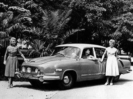 Tatra 603 na reklamní fotografii