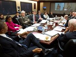 Americk� prezident Barack Obama v pond�l� 3. b�ezna p�es dv� hodiny jednal se...