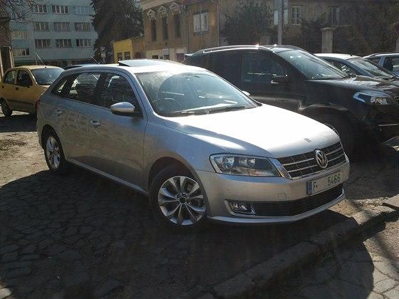Škoda testuje Volkswagen Gran Lavida na českých silnicích