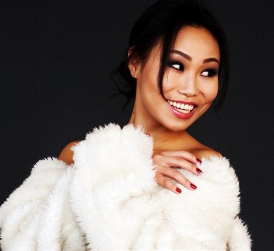 Modelka Mungunzul Bayarkhuu