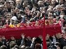 Pohřeb Berkina Elvana, který zemřel po devíti měsících v kómatu (12. března...