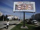 Zastavte fašismus! Všichni k referendu! Billboardy vyzývající obyvatele Krymu,...