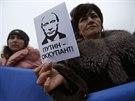 Putin je okupant. Demonstrace proti anexi Krymu v Sevastopolu (12. března 2014)