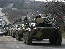 Ruské transportéry na Krymu (12. března 2014)