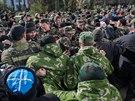 Hlavní štáb ukrajinského námořnictva v Sevastopolu obsadili Rusové (19. března 2014)