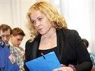 Červenec 2013: Jana Nagyová u Obvodního soudu pro Prahu 1.