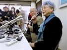 Rodiče Megumi na tiskové konferenci po setkání se svou vnučkou Kim.