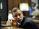 Oscar Pistorius během probíhajícího soudu v JAR (19. března)