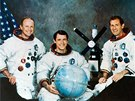 Trojice kosmonautů, která chtěla být lidmi, ne stroji: Gerald P. Carr, Edward