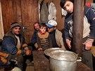 Vesnice Muchura vImeretii nedaleko Kutaisi patří do kraje bez hospodyň. Matka...