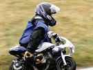 Mladý Karel Abraham při závodech minibiků (2002)