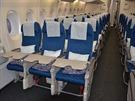 V ekonomické třídě Airbusu A380 Korean Airlines registrace HL7614 na ruzyňském...