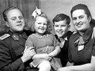 Hana a Petr Ulrychovi s rodi�i