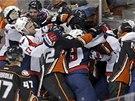 Hromadná bitka v utkání mezi Washingtonem a Anaheimem.