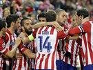 ŠPANĚLSKÁ RADOST. Fotbalisté Atlétika Madrid se radují z gólu.