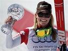 Lara Gutová s malým kříšťálovým glóbem za vítězství ve Světovém poháru super-G.