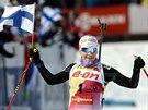 Kaisa Mäkäräinenová coby vítězka stíhačky biatlonistek v Kontiolahti.