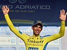 Alberto Contador coby vedoucí muž závodu Tirreno Adriatico.