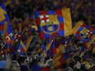 VĚŘÍME VÁM! Fanoušci Barcelony před zápasem s Manchesterem City.