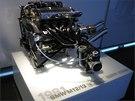 Přeplňovaný motor BMW M12/13 pro Formuli 1