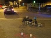 Nehoda osobního automobilu a mopedu v Náchodě (10. 3. 2014)