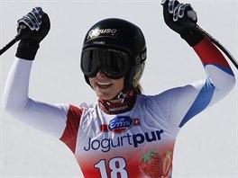 Lara Gutová coby vítězka sjezdu v Lenzerheide