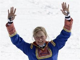 Tanja Poutiainenová při rozlučce s aktivní lyžařskou kariérou.