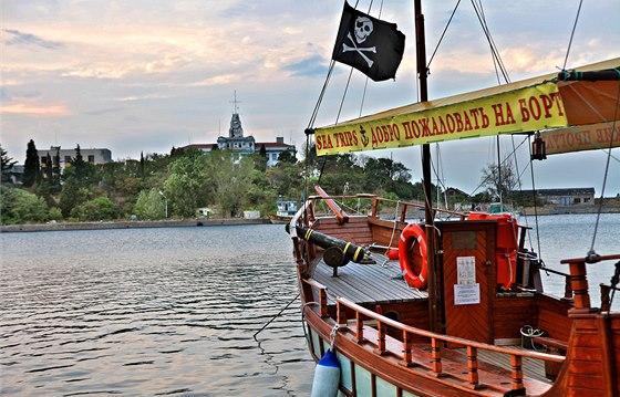 Piráti už bulharské pobřeží dávno neobtěžují a přímořský region žijící z