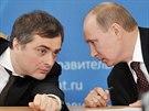 Vladimir Putin se svým poradcem a hlavním ideologem Kremlu Vladislavem Surkovem.