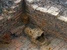 Sklad munice odhalený archeology na předpolí lomu Bílina.