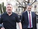 Ivo Rittig odch�z� od Obvodn�ho soudu pro Prahu 5. (21. b�ezna 2014)
