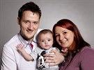 Mladí manželé Bára a Míla se synem