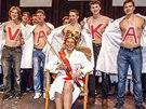 Vítězkou soutěže Zlatý Ámos o nejoblíbenějšího učitele roku se stala chemikářka...