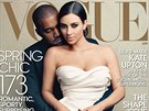 Kim Kardashianov� a jej� snoubenec Kanye West na titulce �asopisu Vogue.