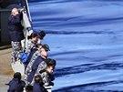 Australští námořníci hledají trosky boeingu v jižní části Indického oceánu...