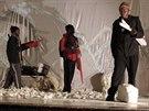 Dobytí severního pólu v podání nigerijského souboru Jos Repertory Theatre
