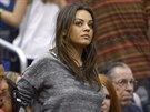 Mila Kunisová na basketbalovém zápase (Los Angeles, 22. března 2014)