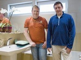 Obkladači Tomáš Masarik (vlevo) a Roman Jiroušek ze Sedlčan patří k nejlepším