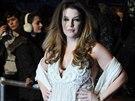 Lisa Marie Presley zd�dila po otci sklony k tloustnut�.