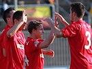 Brněnští fotbalisté slaví gól