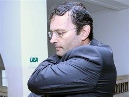 Ivo Žurek přichází do jednací síně. (31. března 2014)
