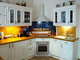Kuchyňská linka s pracovním osvětlením