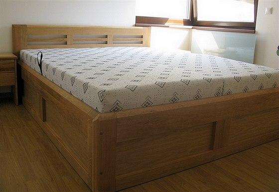 Jen manželské postele s kvalitní lehací plochou zaručují dobrý spánek