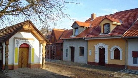 Půvabná sklepní vesnička Nechory leží kousek od obce Prušánky.