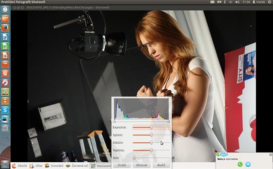 Prohlížeč a editor fotografií Shotwell zvládne jednoduché úpravy, včetně...