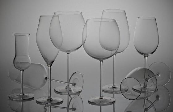 Společnost Wine Food Market oslovila výtvarníka Ronyho Plesla a výsledkem