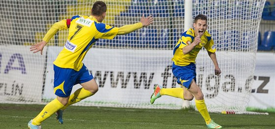 Marko Jordan (vpravo) se raduje z gólu v dresu Zlína.