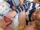 Marj�nka se ale nemohla po porodu dlouho uklidnit, nakonec ji po prohl�dnut�...